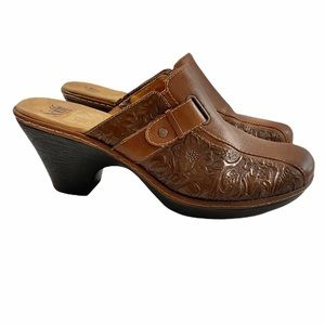 Sofft Genuine Leather Embossed Slip On Clogs Mules